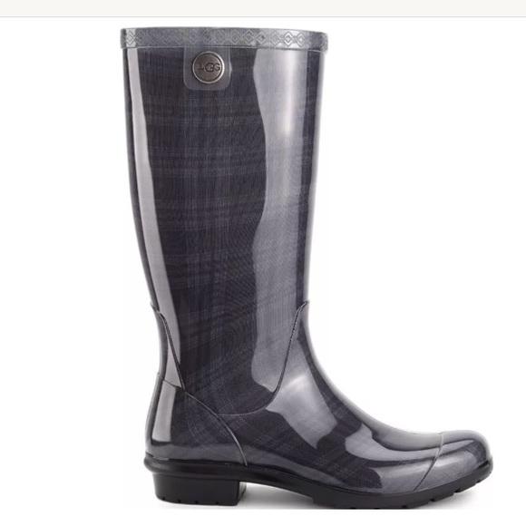 160b5ec5e68b9 UGG TALL Rain Boots Shaye PLAID Black Gray Women s
